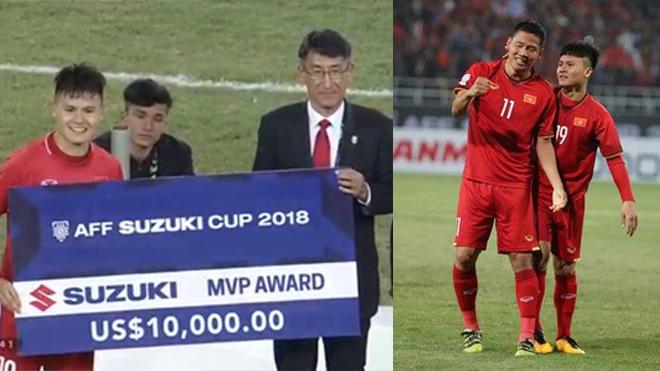 Giành ngôi vương một cách oai hùng, Quang Hải thâu tóm 2 danh hiệu cá nhân quan trọng nhất giải về tay, cầu thủ số 1 ĐNÁ đây rồi!