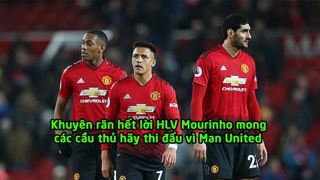 Đáng thương: Mourinho cầu xin cầu thủ thi đấu vì MU