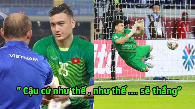 """Hé lộ """"lời dặn dò"""" của thầy Park vào tai Văn Lâm trước loạt penalty, đã biết vì sao Lâm bắt quá xuất thần"""