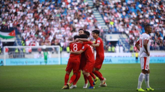 Trực tiếp: Việt Nam 1-1 Jordan: Tuyệt vời Công Phượng, tuyệt vời ĐTVN!