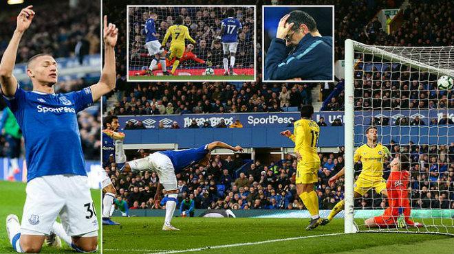 Thi đấu như th.ảm họa, Marcos Alonso một tay 'đá bay' Chelsea khỏi cuộc đua Top 4