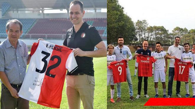 Van Persie tặng áo đấu cho Bầu Đức, HAGL sắp hợp tác cùng lò đào tạo lớn của Hà Lan