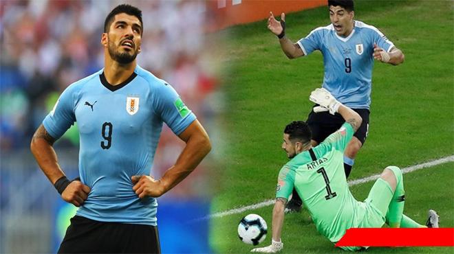 Trò hề: Đưa bóng chạm tay thủ môn, Suarez vẫn mặt dày đòi trọng tài cho hưởng penalty