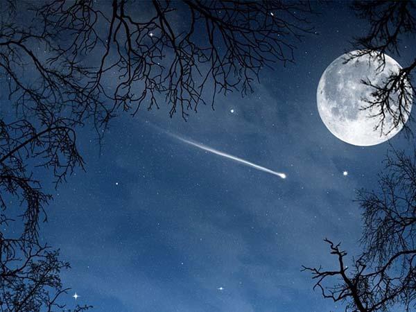 Phân tích ý nghĩa giấc mơ thấy sao băng đánh con gì chính xác?