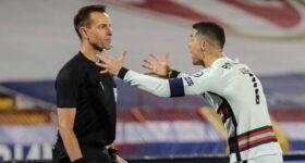 """BD Quốc Tế 14/4: Trọng tài """"cướp"""" bàn thắng của Ronaldo nhận án phạt"""