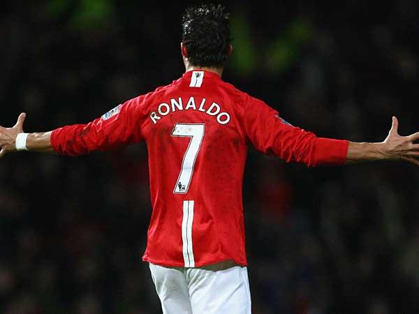 Tin chuyển nhượng sáng 30/5 : Ronaldo trở lại đội bóng cũ