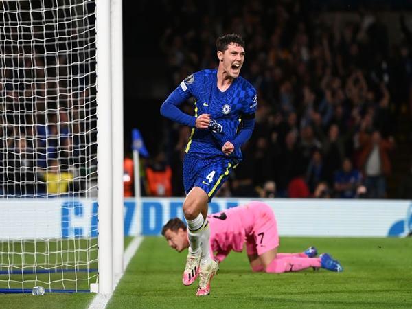 Bóng đá Anh 22/10: Christensen lần đầu ghi bàn cho Chelsea